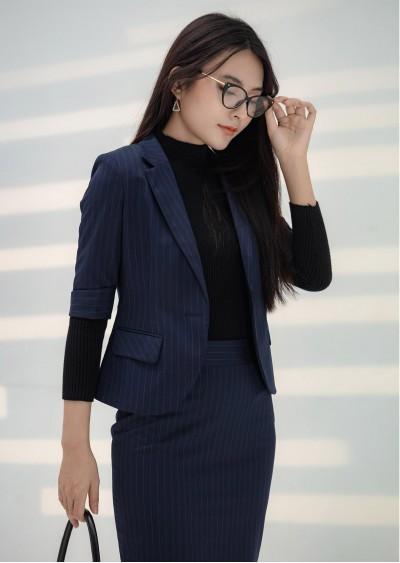 Vest nano vạt tròn xanh kẻ B424