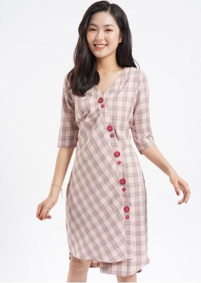 Váy Filament ly lệch kẻ hồng V526